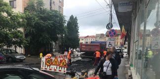 Societatea care deține monopol pe repararea și întreținerea străzilor din Ploiești, amendată pe banda rulantă de autorități